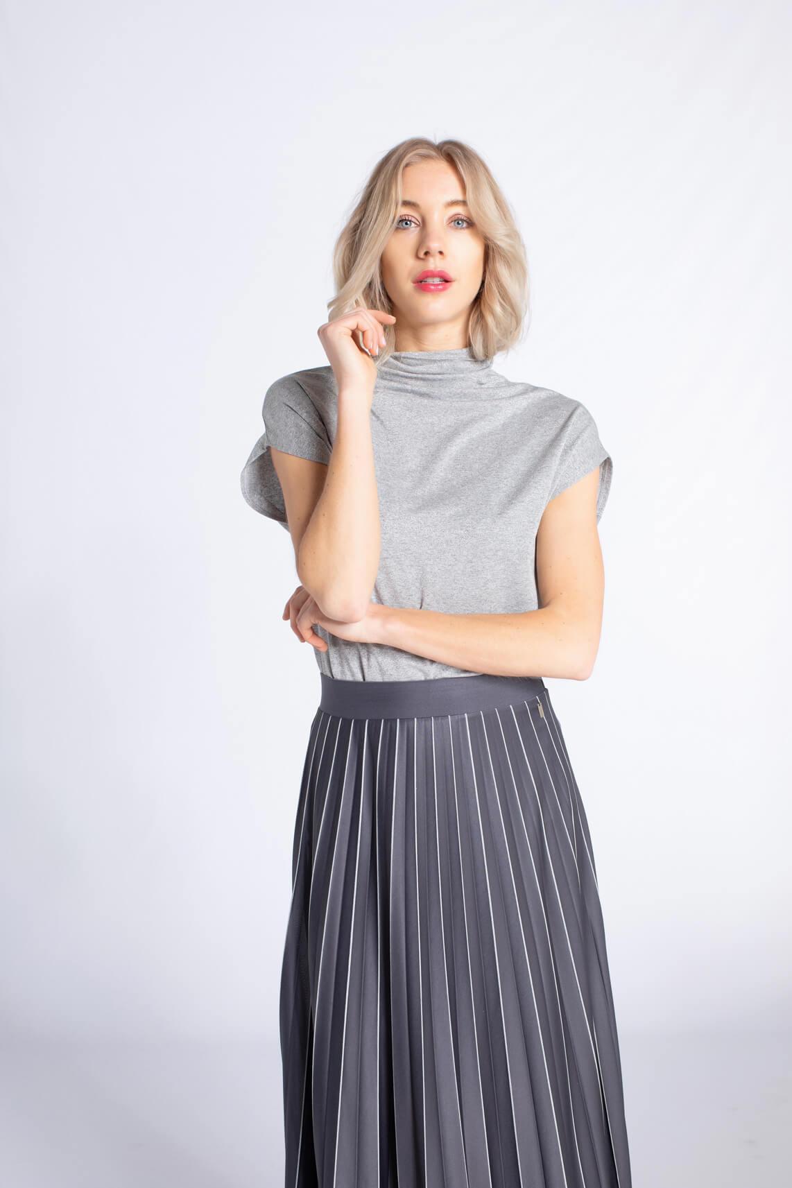 Anna Dames Glittershirt met col Zilver
