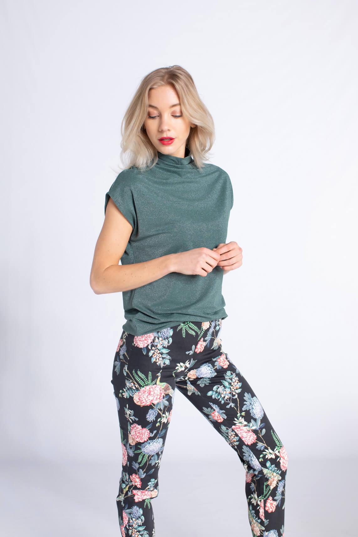 Anna Dames Glittershirt met col groen
