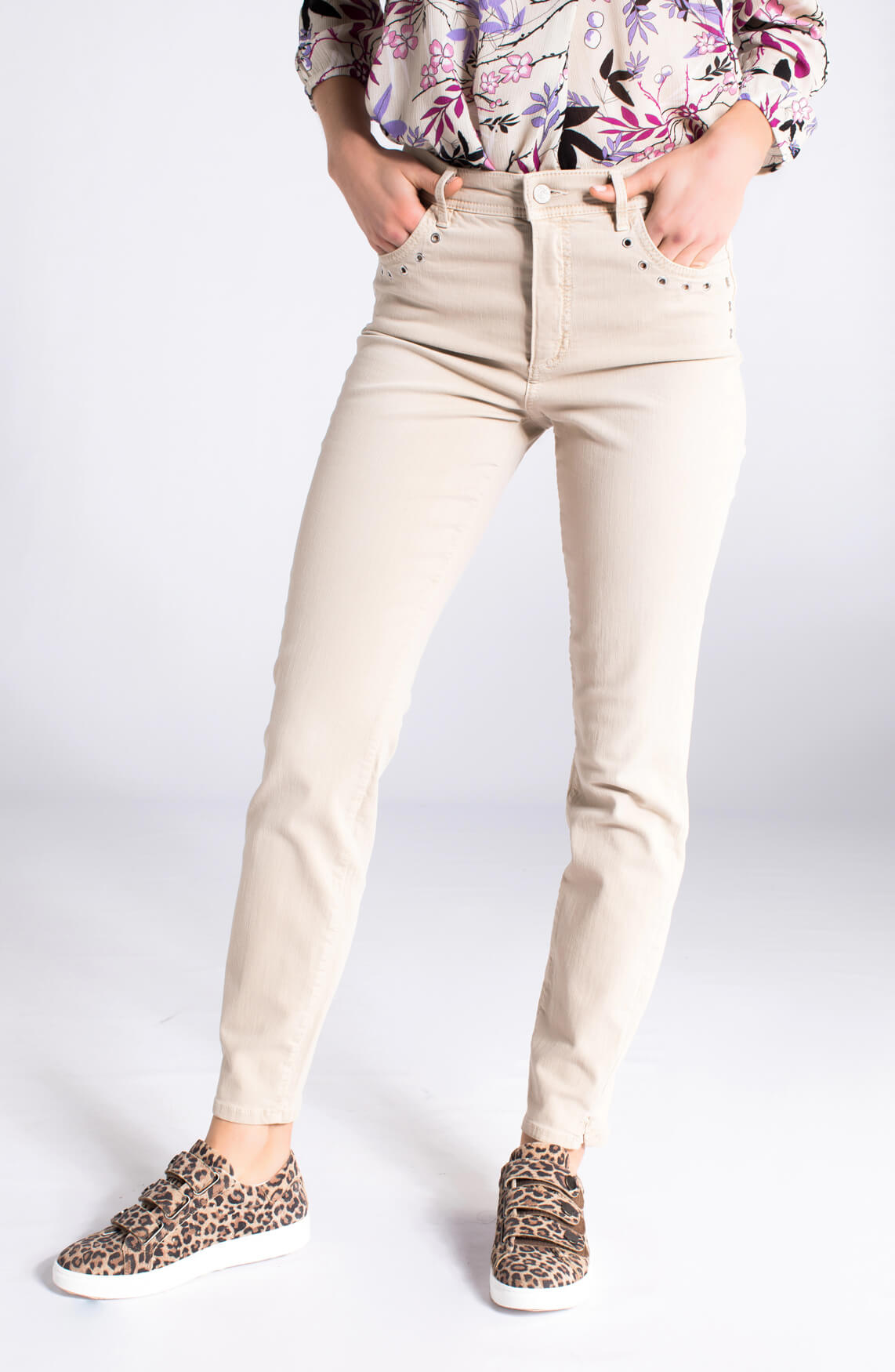 Rosner Dames Audrey jeans met eyelet detail ecru 0