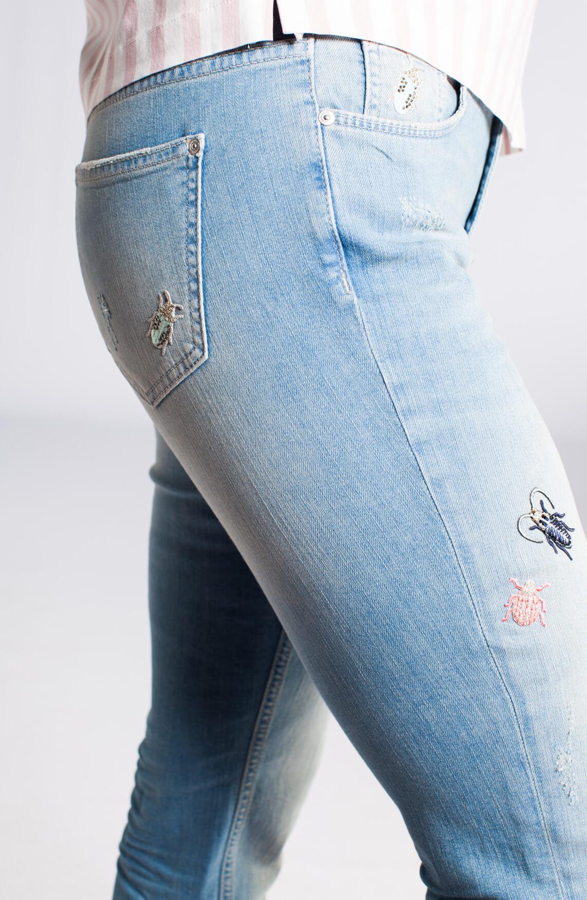 Rosner Dames Masha jeans met badges Blauw