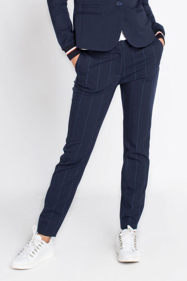 06184300020b36 Anna Blue Dames Gestreepte pantalon Blauw. Van Anna Blue. Previous