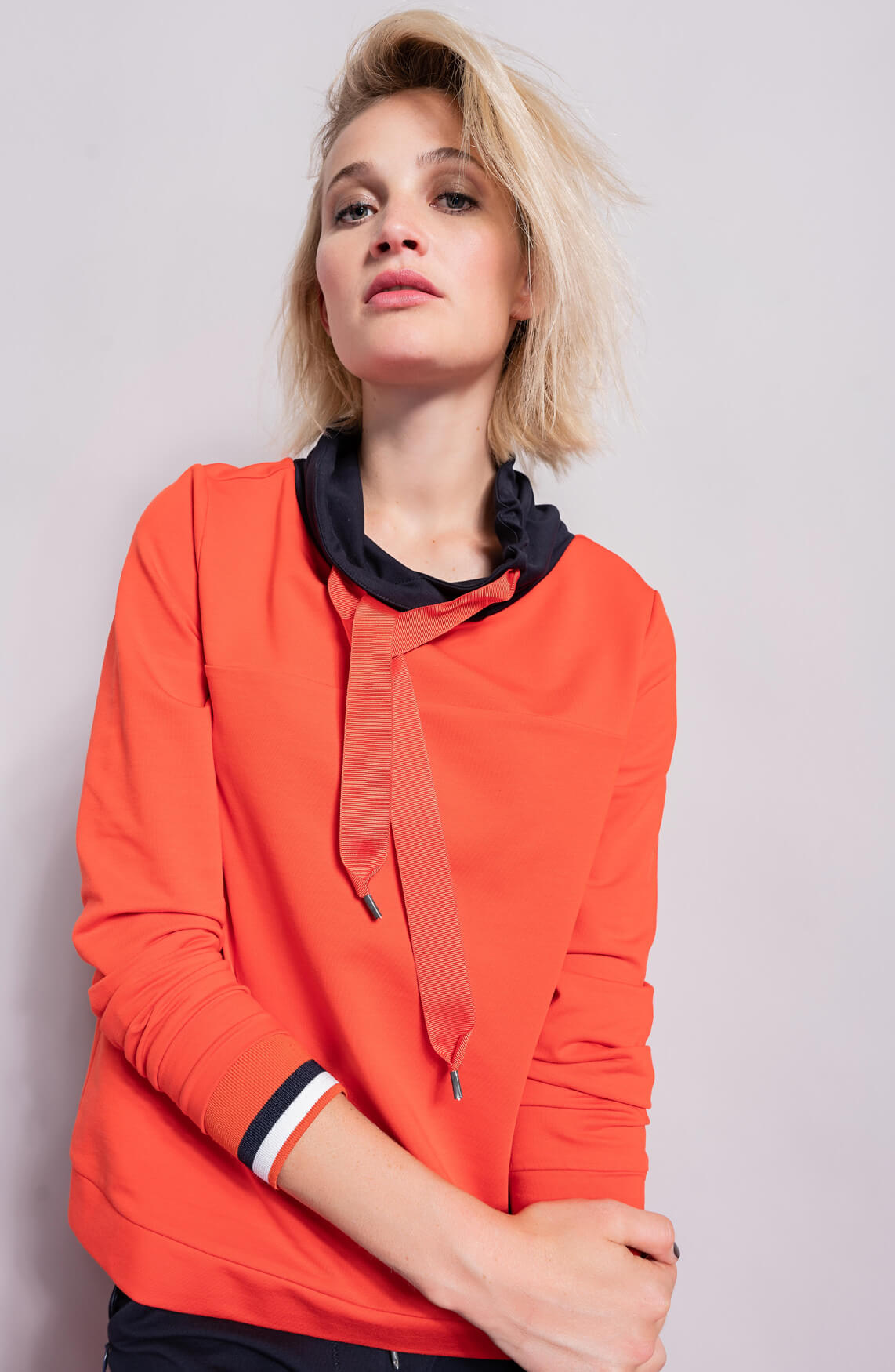 Anna Blue Dames Sweater met contrasterende kraag Oranje