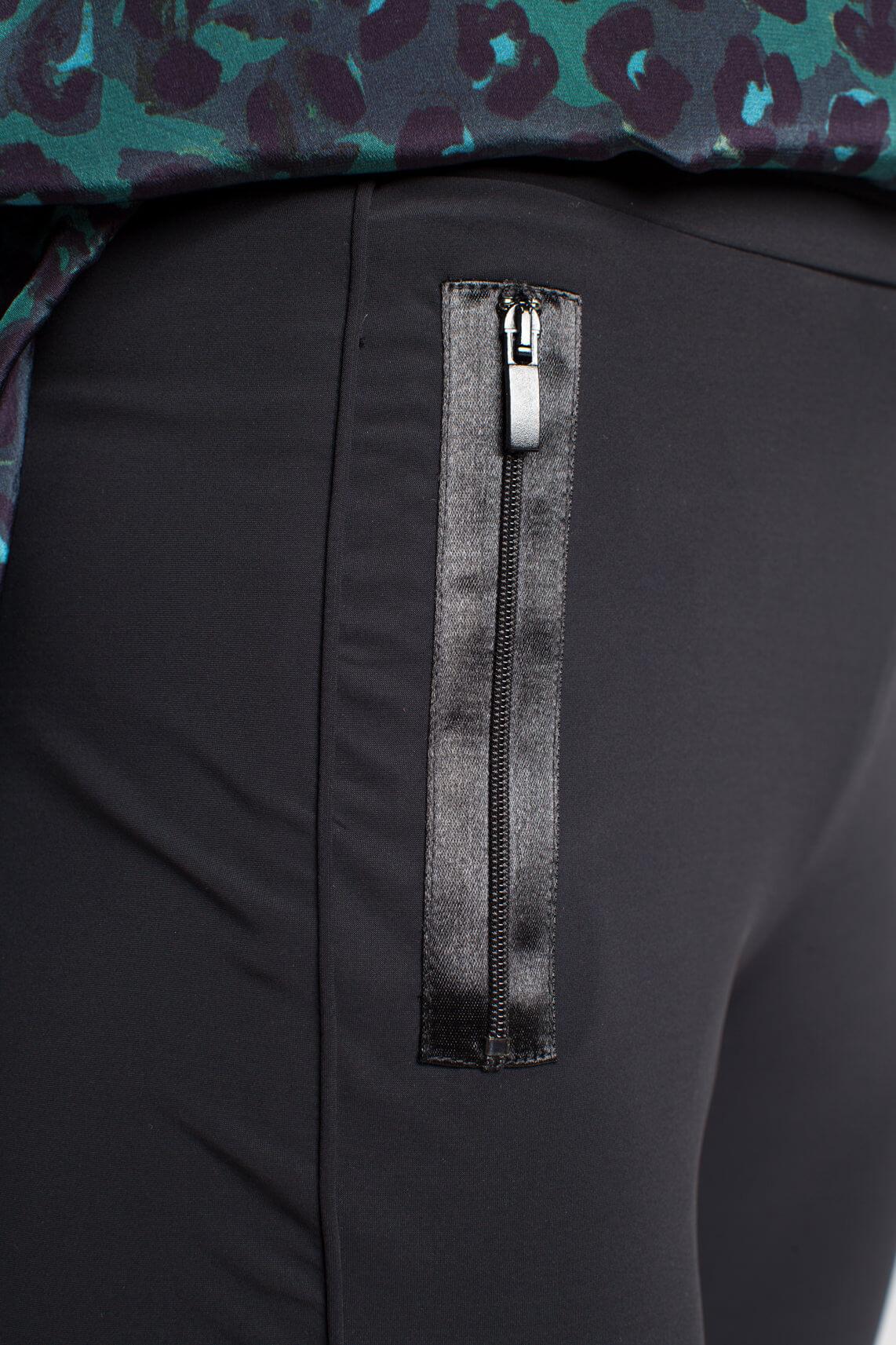 Anna Dames Jogpant met satijnen detail zwart