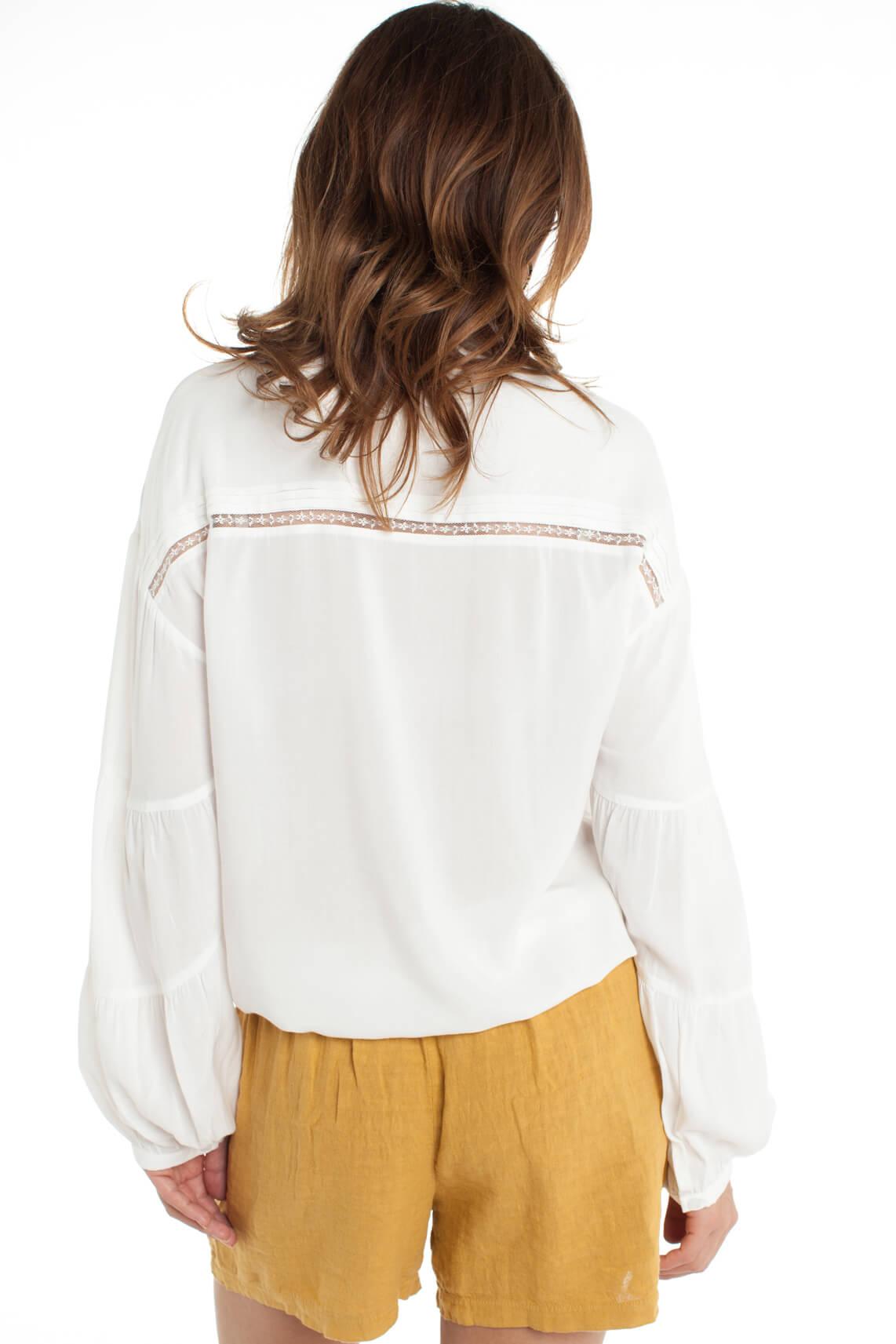 Alix The Label Dames Romantische blouse wit