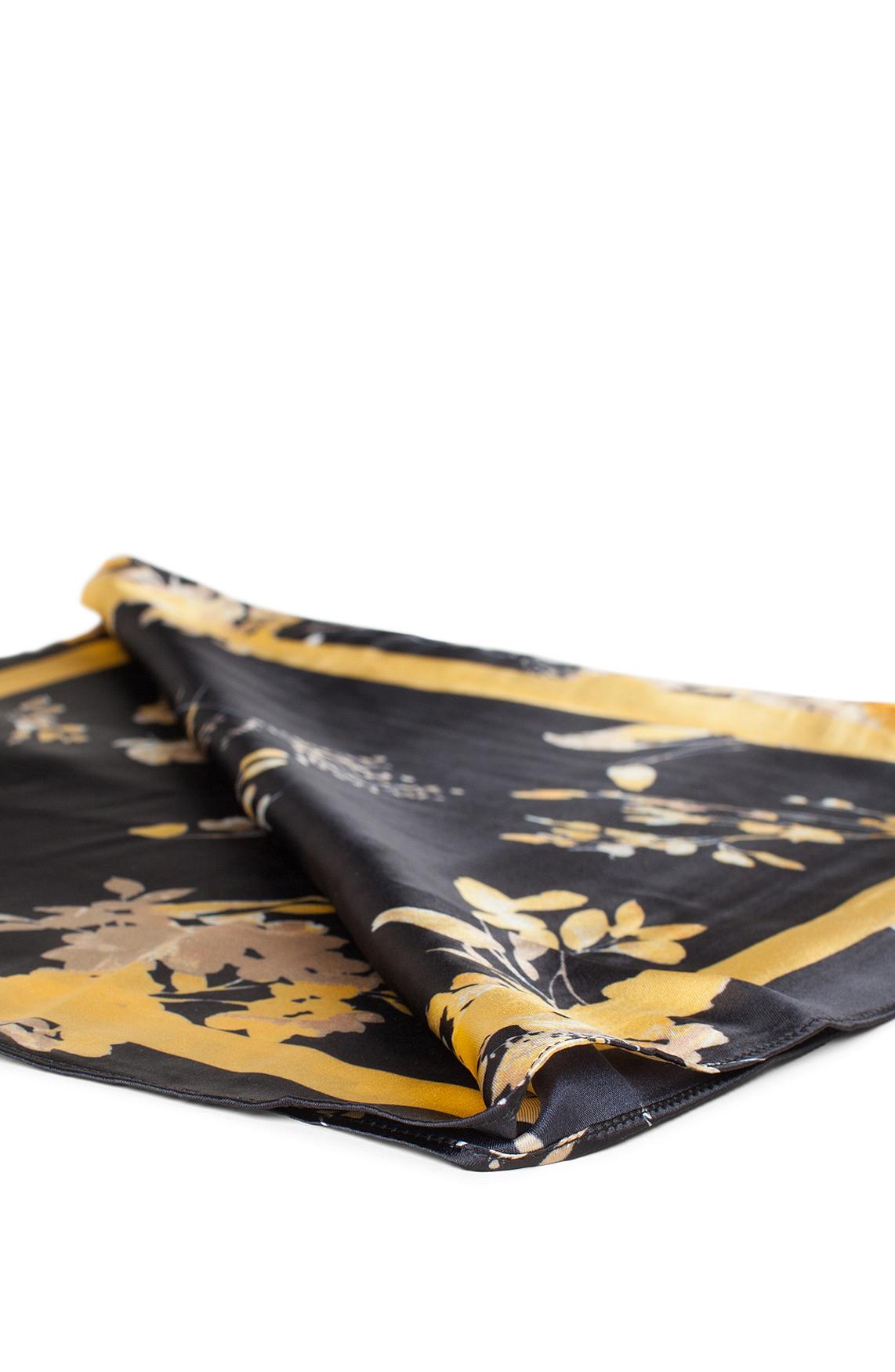 Anna Dames Shawl met bloesemprint zwart