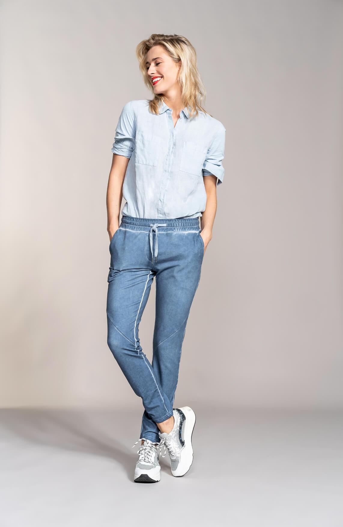 Anna Dames Garment dye jogger Blauw