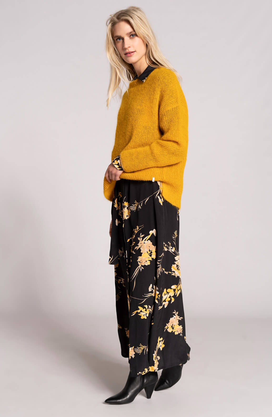 Dames Yellow blossom