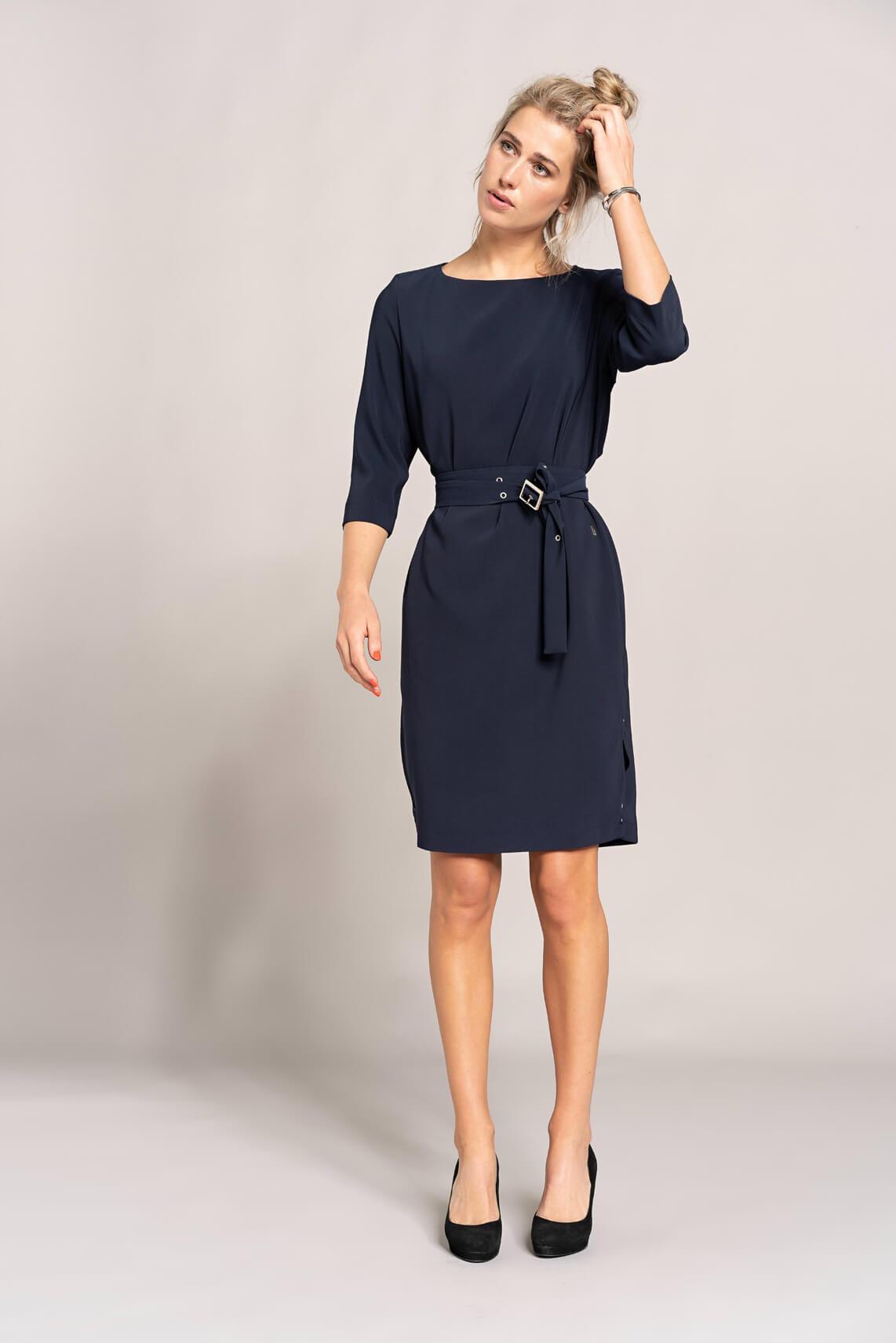 Dames The blue dress
