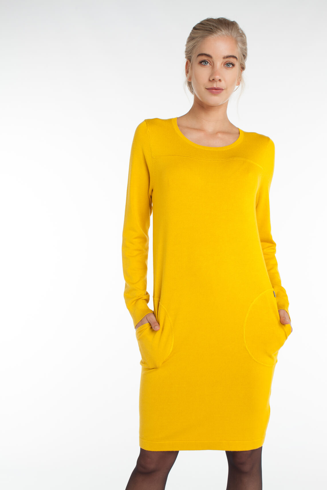 Anna Dames Fijngebreide jurk geel