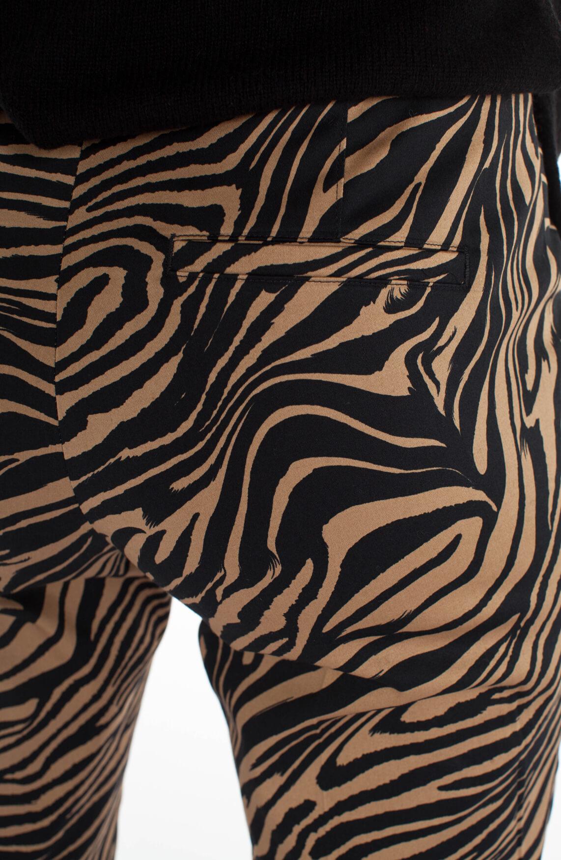 Cambio Dames Ros broek met zebraprint Bruin
