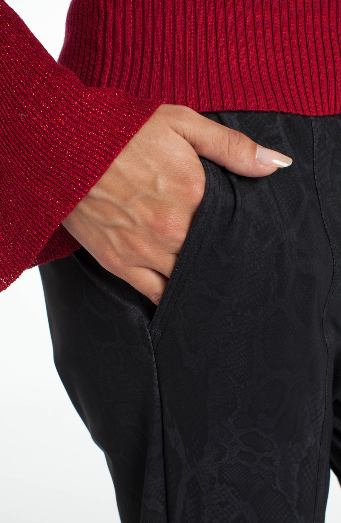 Cambio Dames Juna jogger met reptielprint zwart