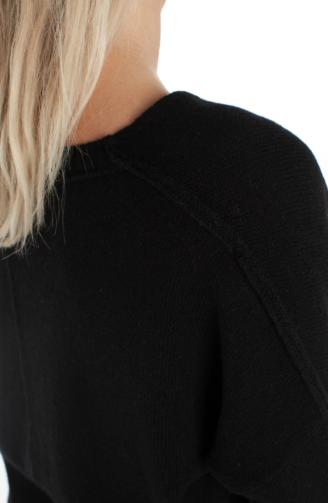 Anna Blue Dames Wollen pullover met V-hals zwart