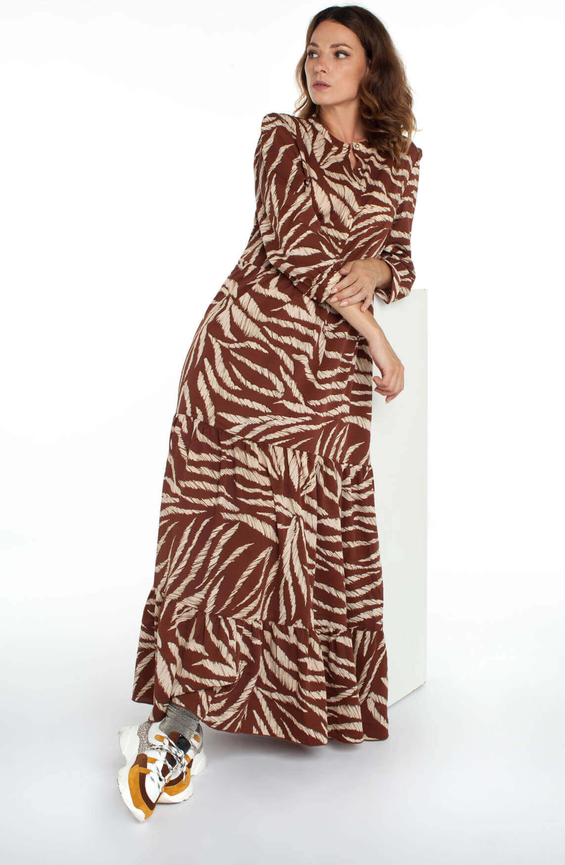 Lollys Laundry Dames Nee maxi jurk Bruin