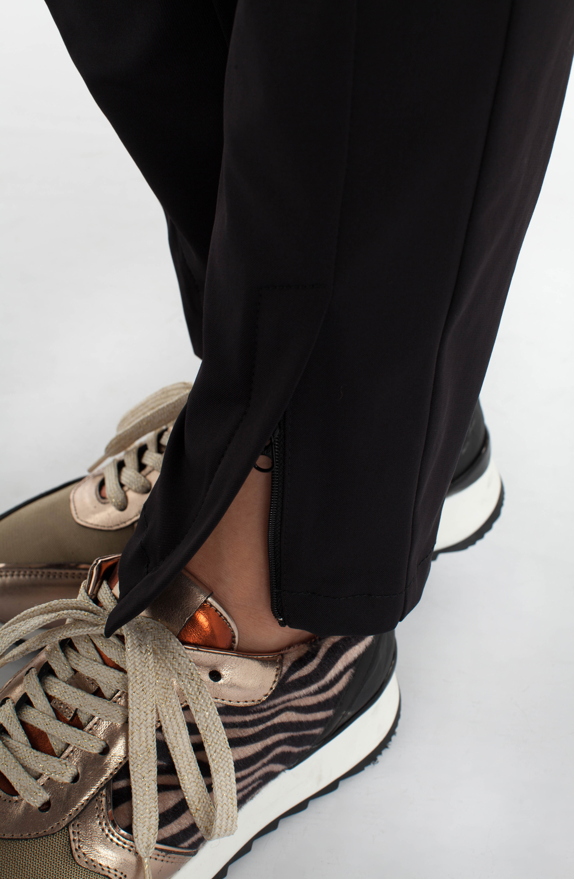 Rosner Dames Alisa pantalon met ritsjes zwart
