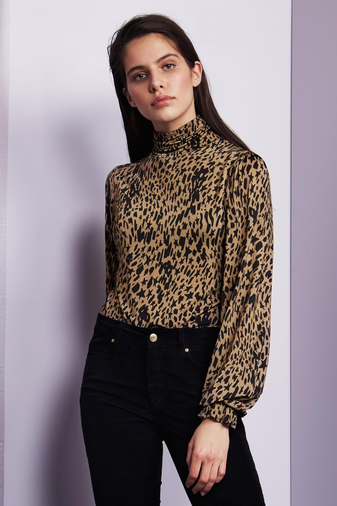 Fabienne Chapot Dames Billy shirt met pofmouwen Bruin