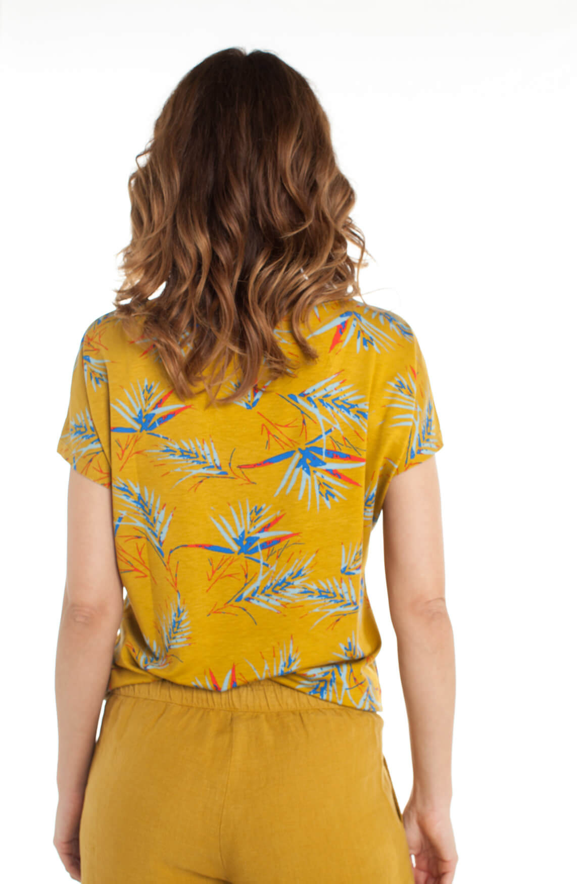 Anna Dames Shirt met tropische print geel