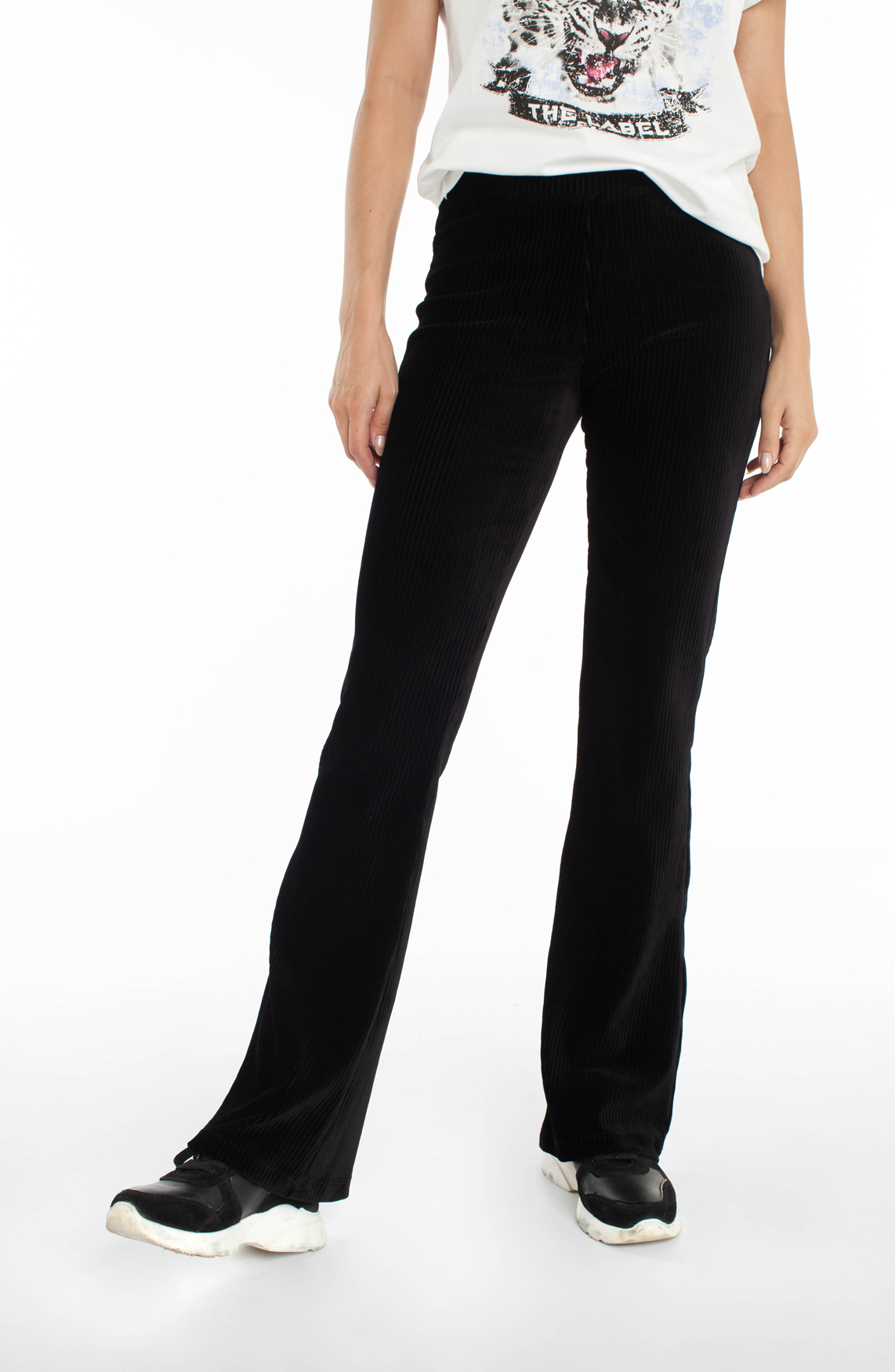 Alix The Label Dames Flared velvet broek zwart