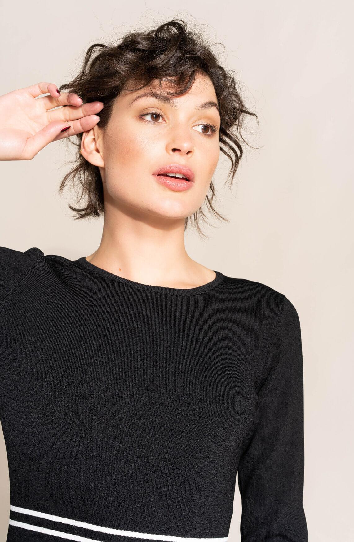 Anna Dames Jurk met streepdetail zwart