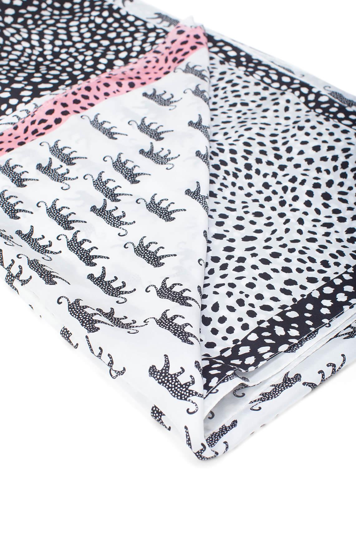 Marccain Dames Shawl met luipaardprint wit