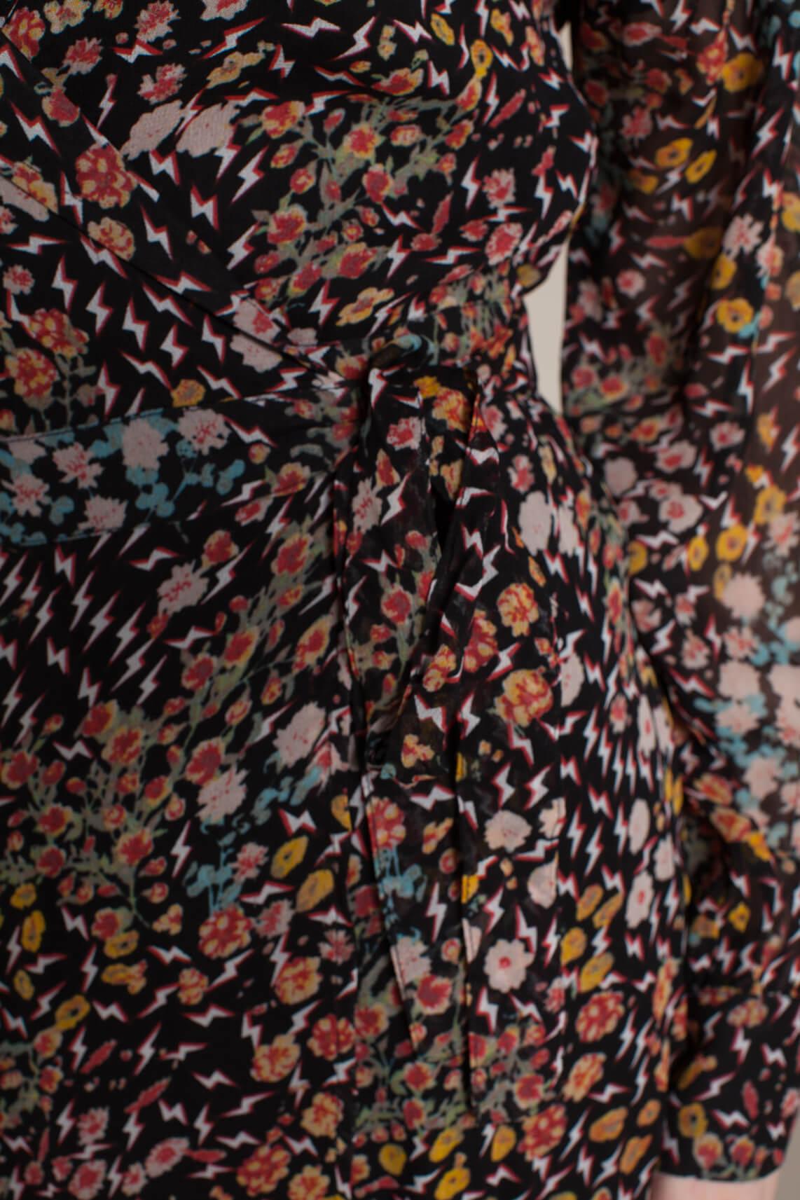 Alix The Label Dames Wikkeljurk met print zwart