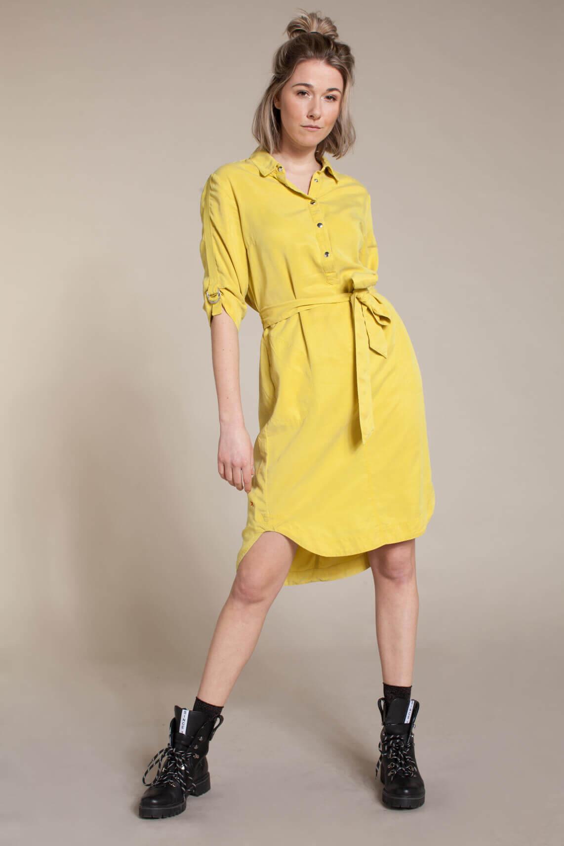Anna Blue Dames Tencel jurk met ceintuur geel