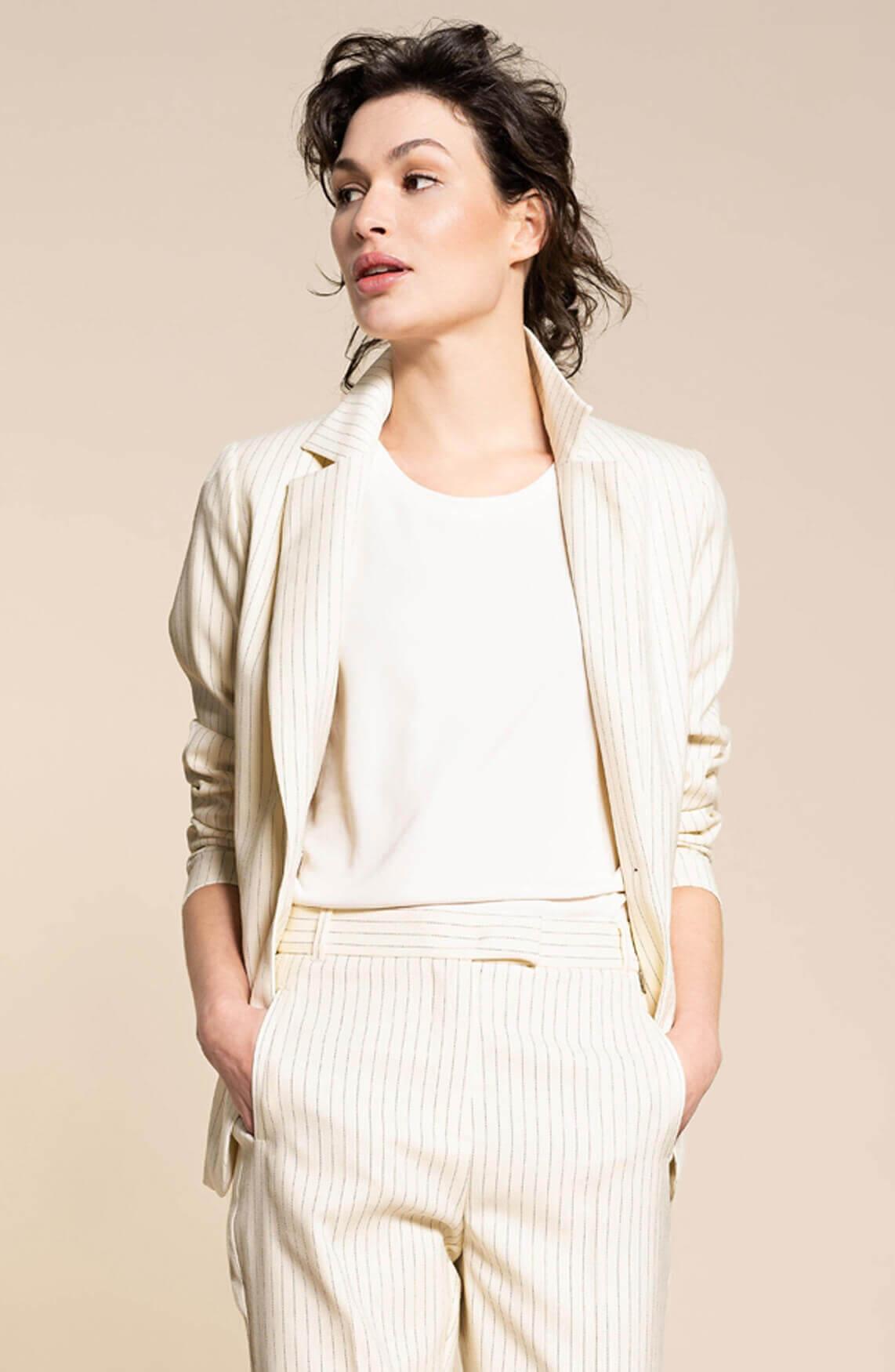 Anna Dames Blazer met krijtstreep wit