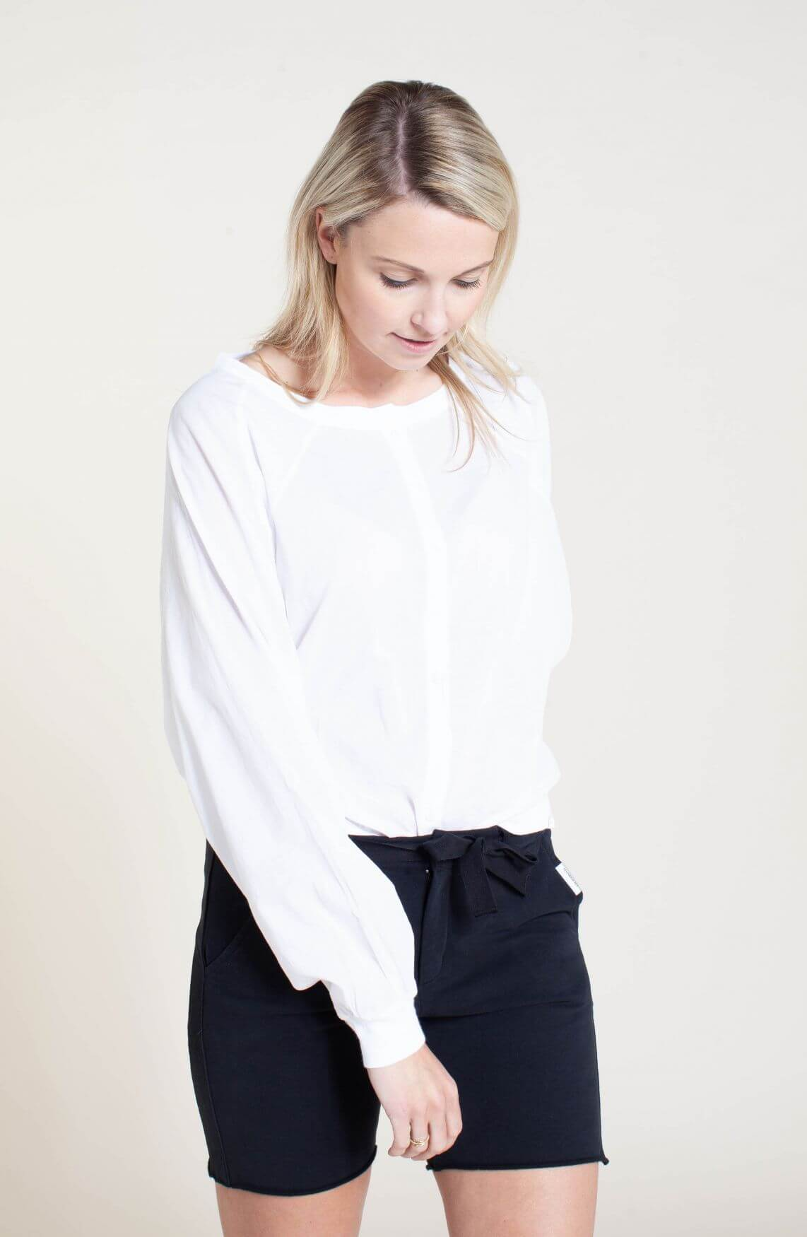 Penn & Ink Dames Oversized blouse wit