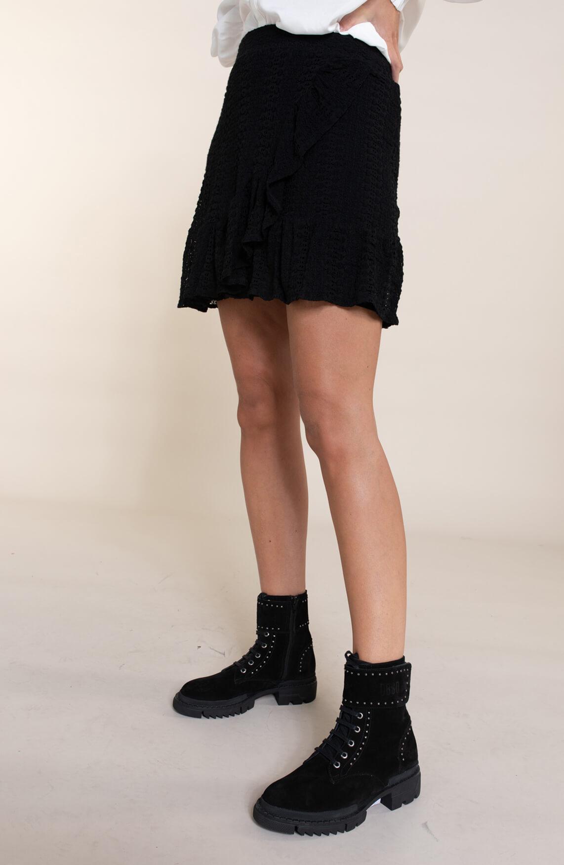 Alix The Label Dames Kanten mini rok zwart