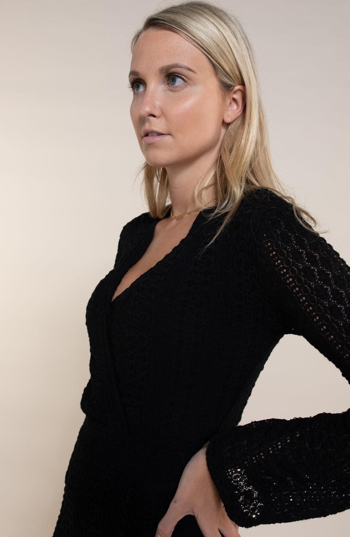 Alix The Label Dames Kanten jurk zwart