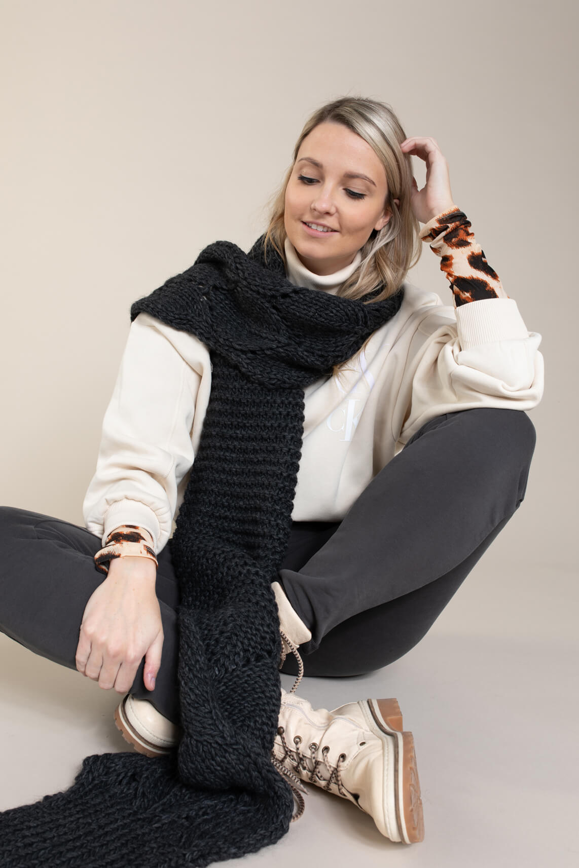 Calvin Klein Dames CK sweater Ecru