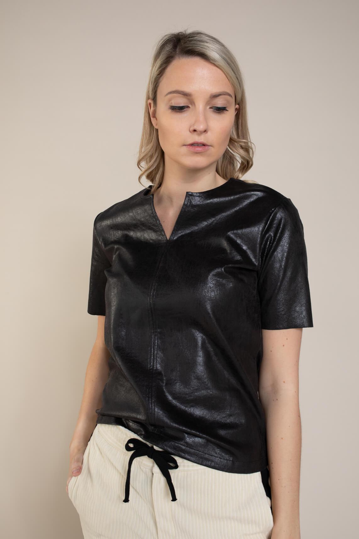 Anna Dames Imitatieleren shirt zwart