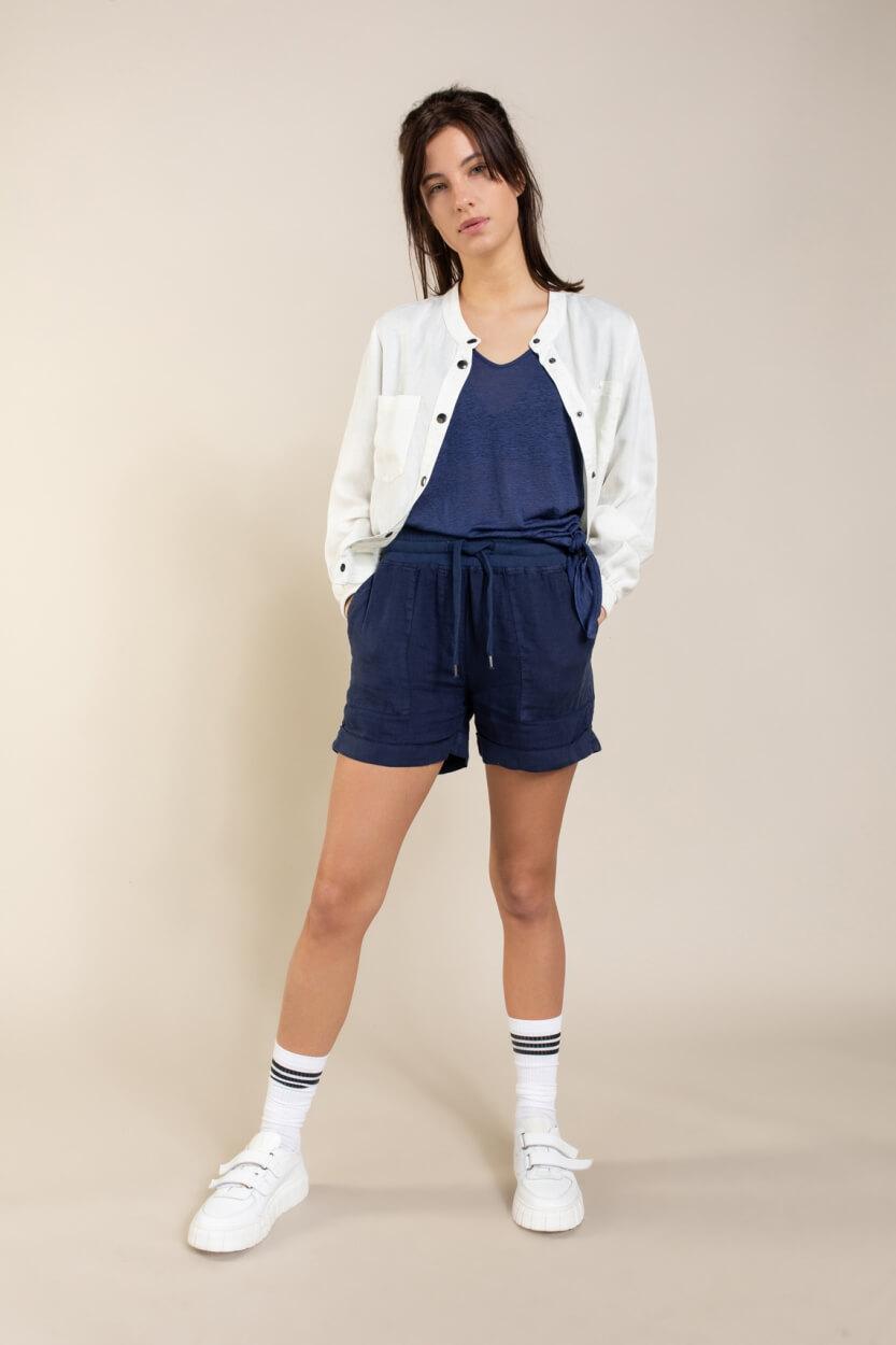Anna Blue Dames Garment dye jack Wit