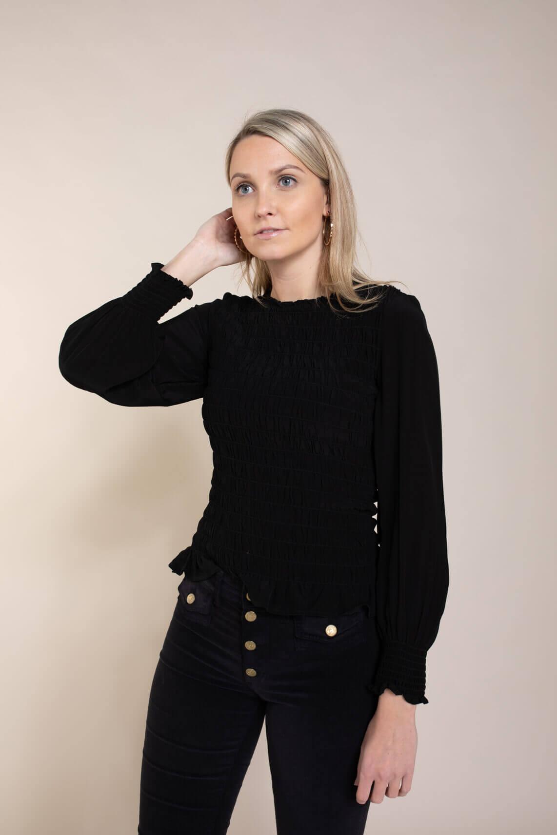 Anna Dames Gesmokte blouse zwart
