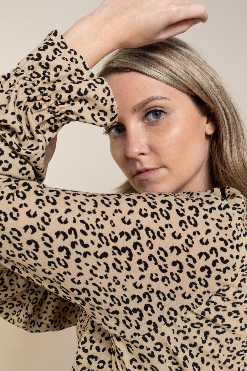 Anna Dames Leopard jurk Bruin
