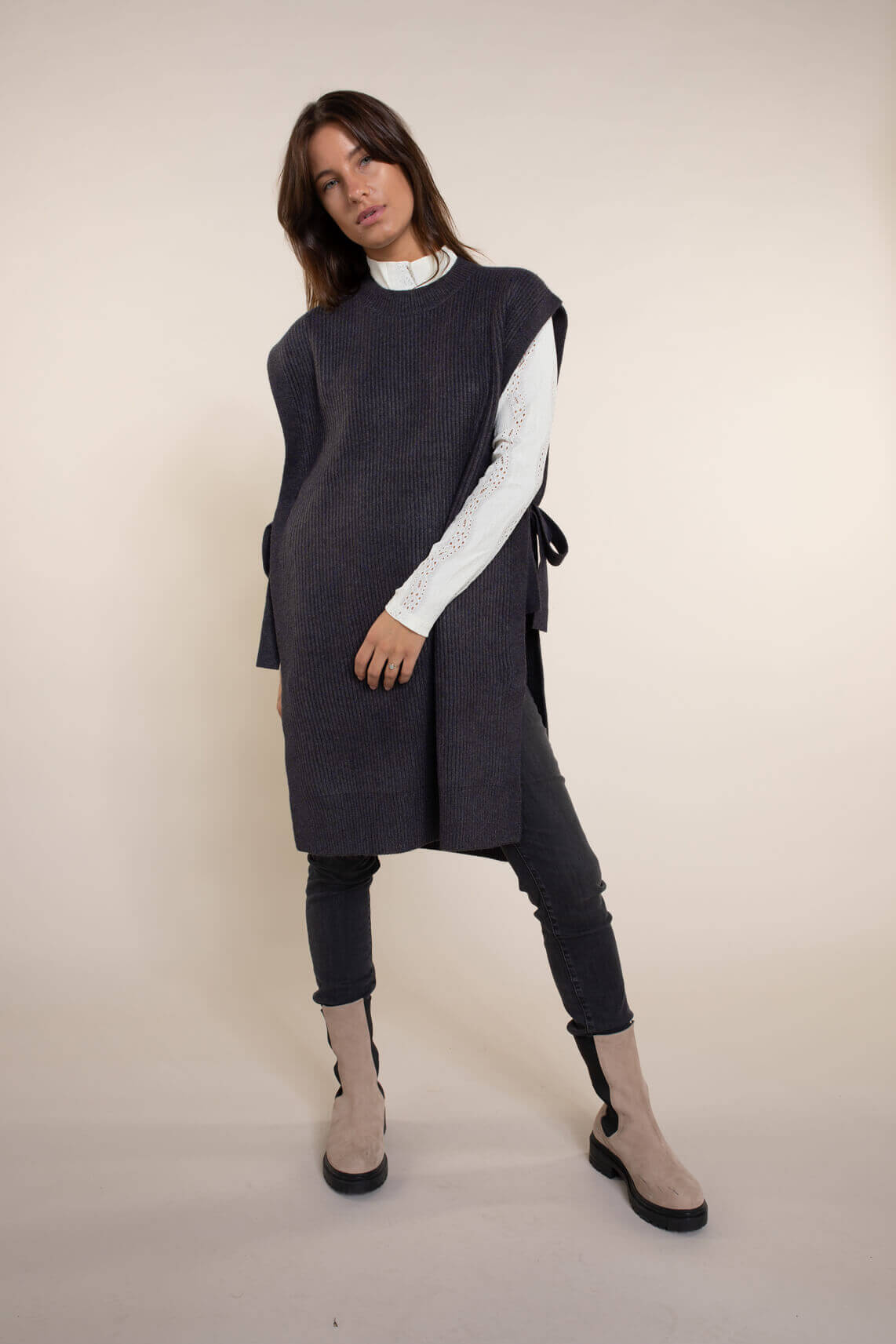 Co Couture Dames Anisa mouwloze trui Grijs