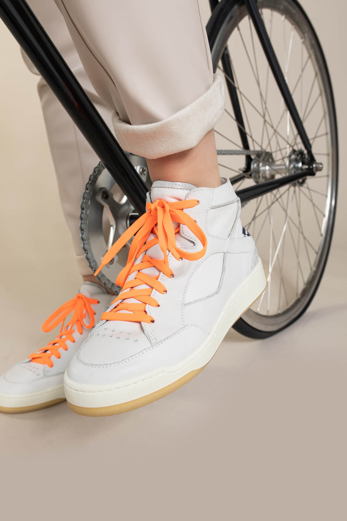 Mjus Dames Sneaker met panter detail Grijs