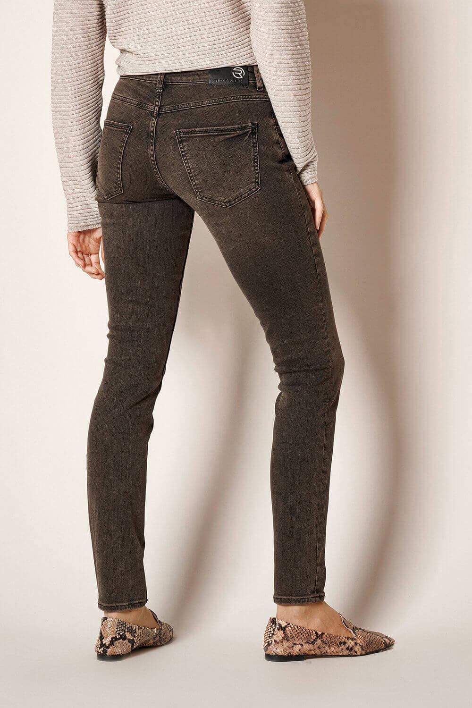 Rosner Dames L32 Antonia skinny jeans Bruin