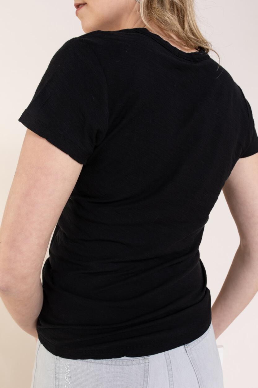 Levete Room Dames Any shirt Zwart