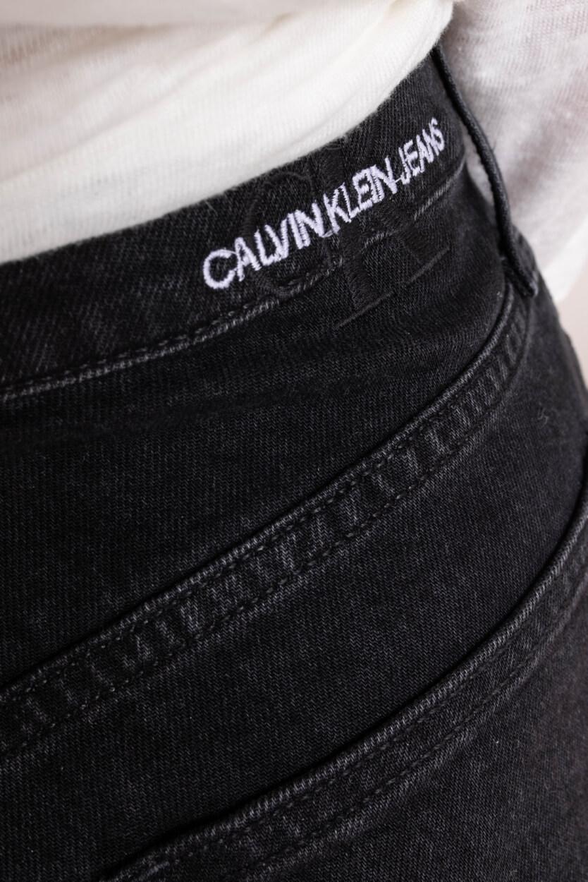 Calvin Klein Dames Mom denimshort Zwart