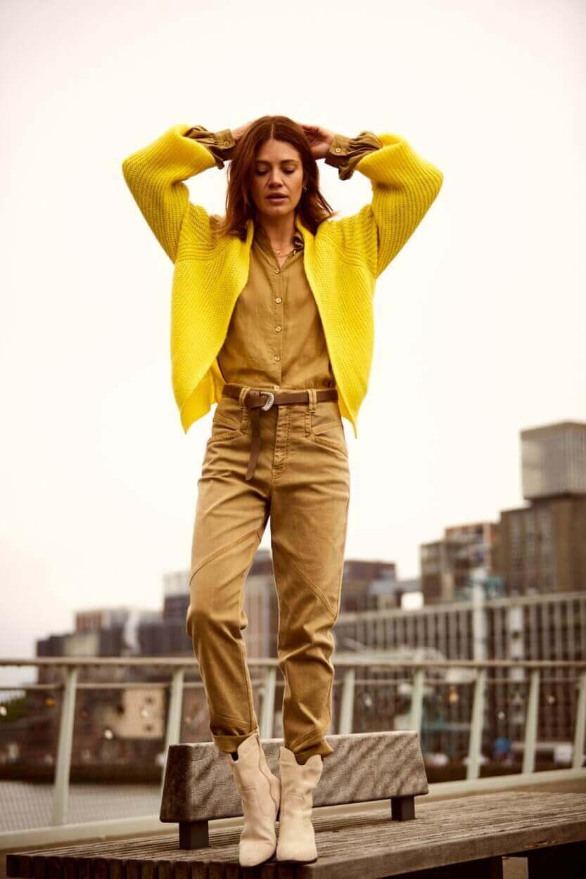 Anna Dames Garment dye jeans Geel