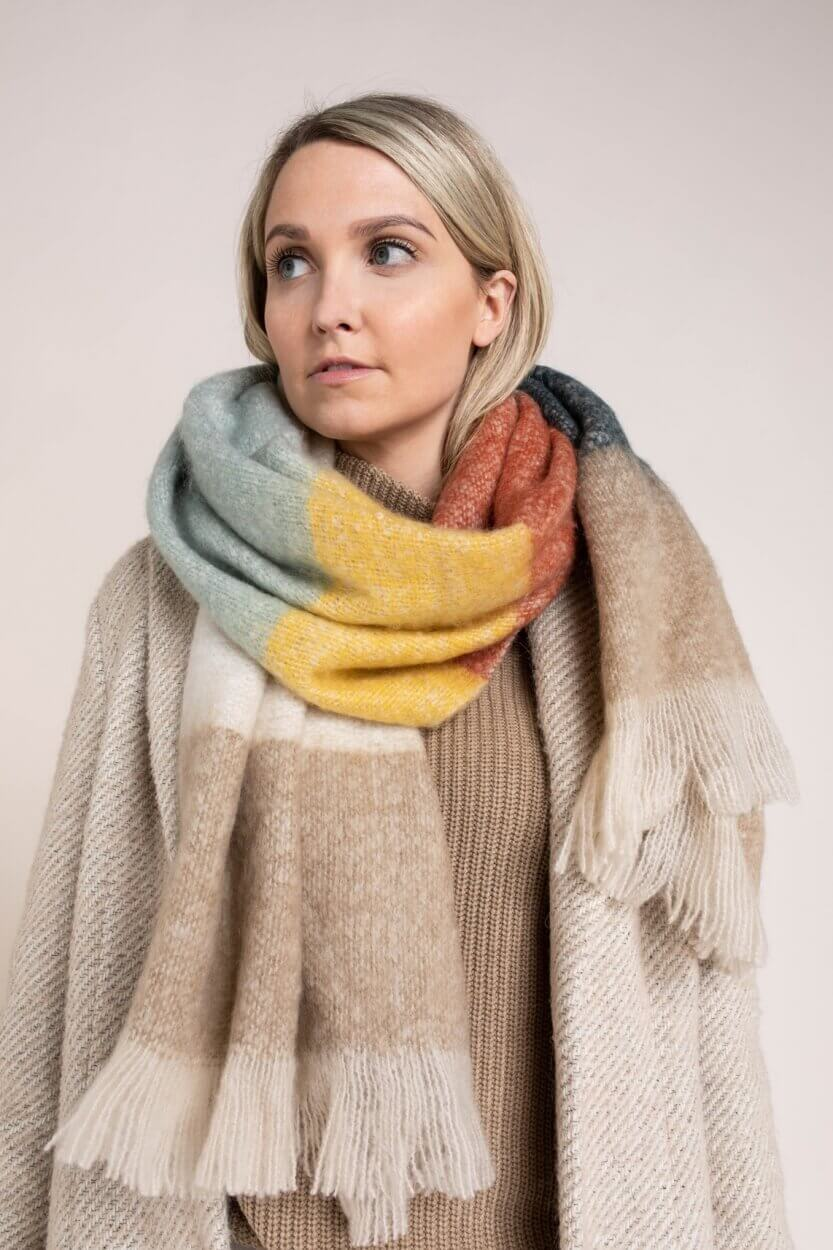 Anna Dames Colorblock shawl Groen