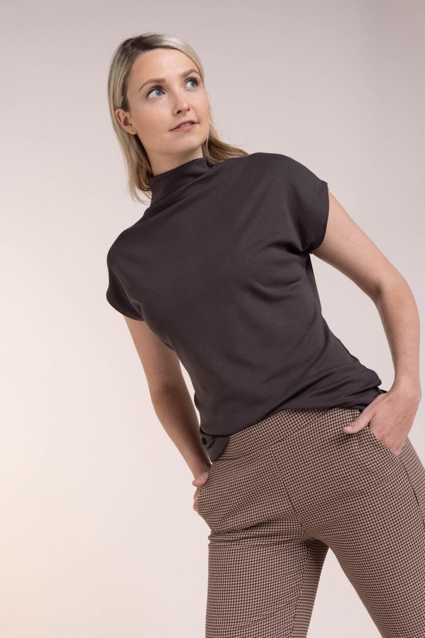 Anna Dames Oversized shirt met col Bruin