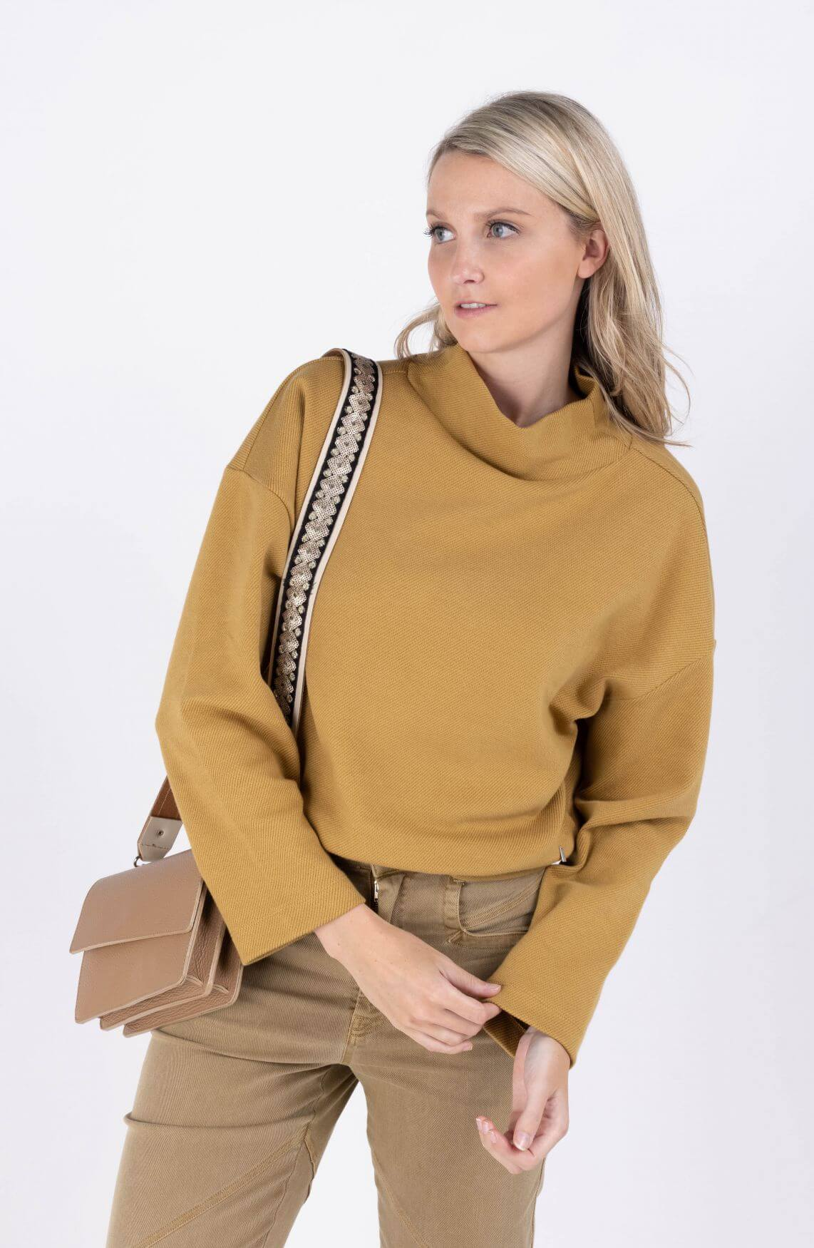 Anna Dames Boxy sweater Geel