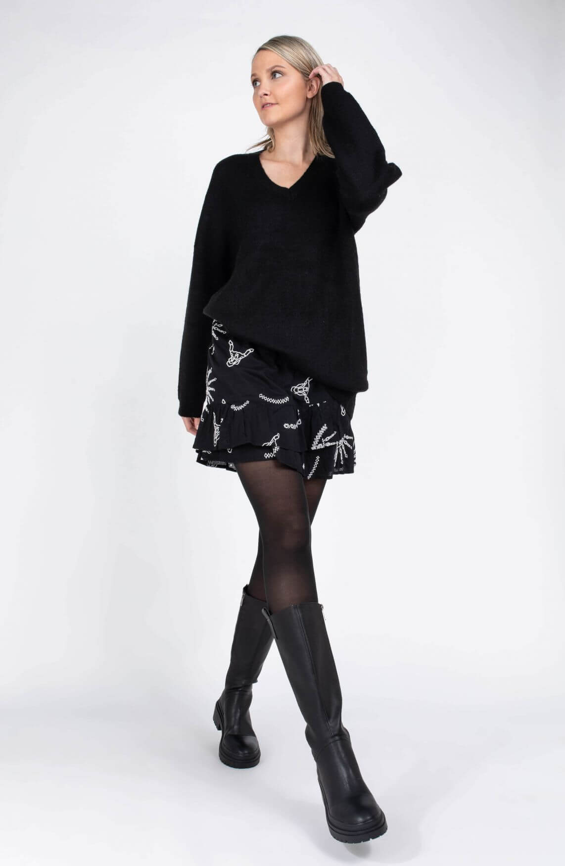 Alix The Label Dames Lange trui Zwart