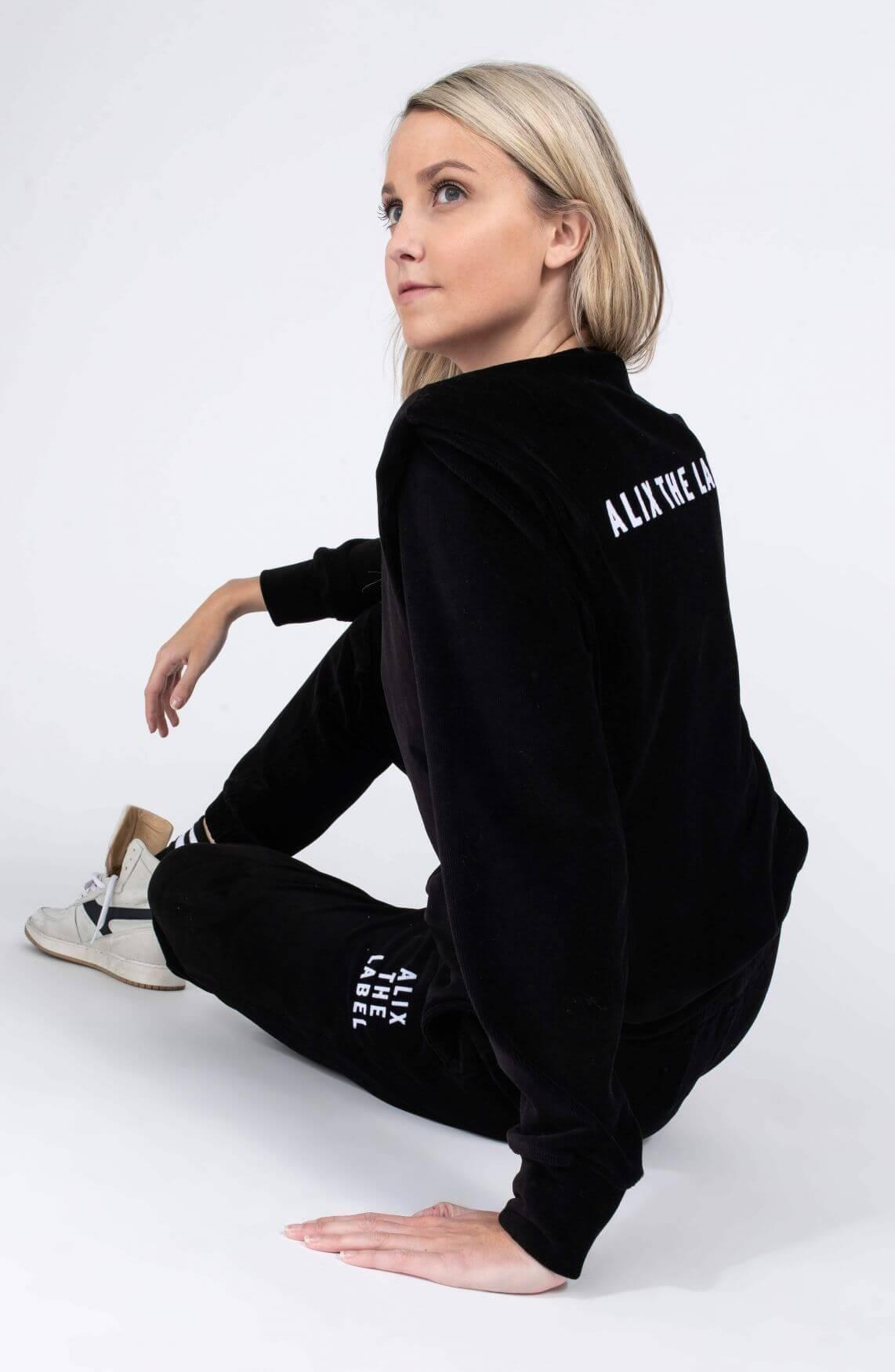 Alix The Label Dames Rib velvet sweater Zwart