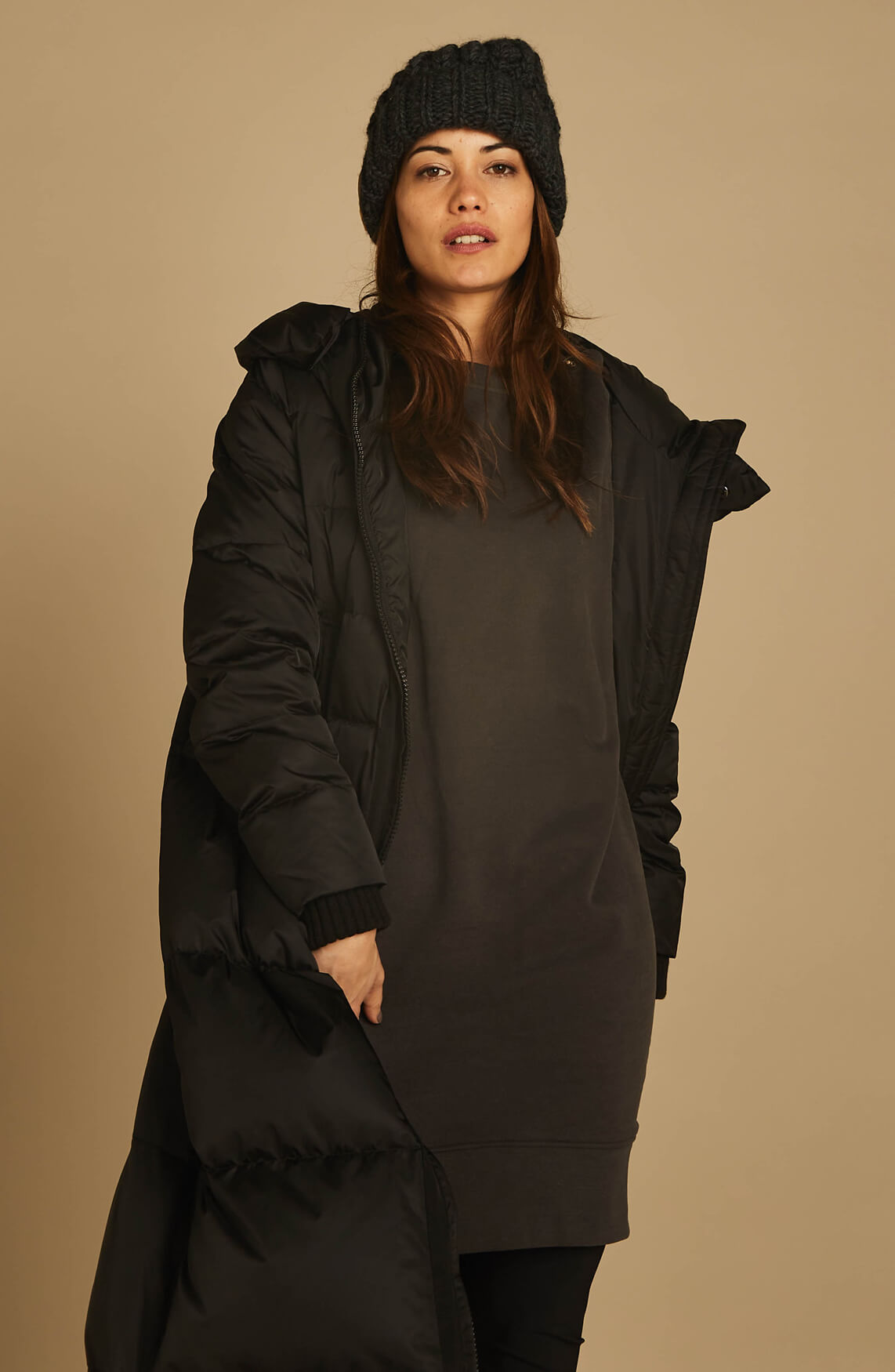 Moscow Dames Aleksandra long down coat Zwart