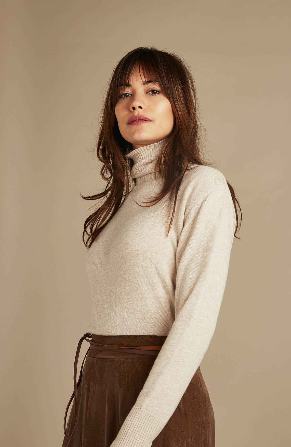 Moscow Dames Miroslava pullover with turtleneck Ecru