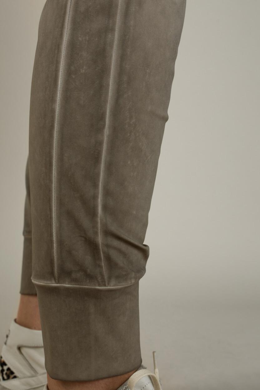 Moscow Dames Gi garment dye jog pants Bruin