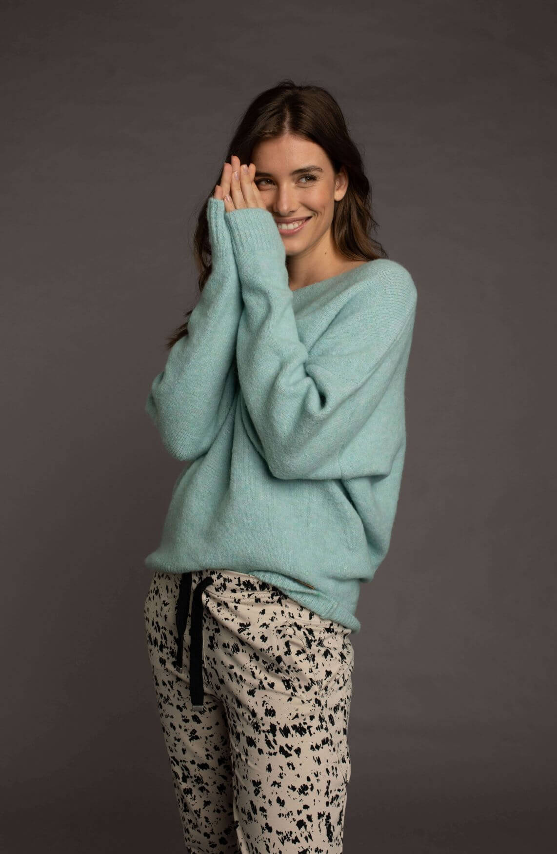 Moscow Dames Sweater Avery Groen
