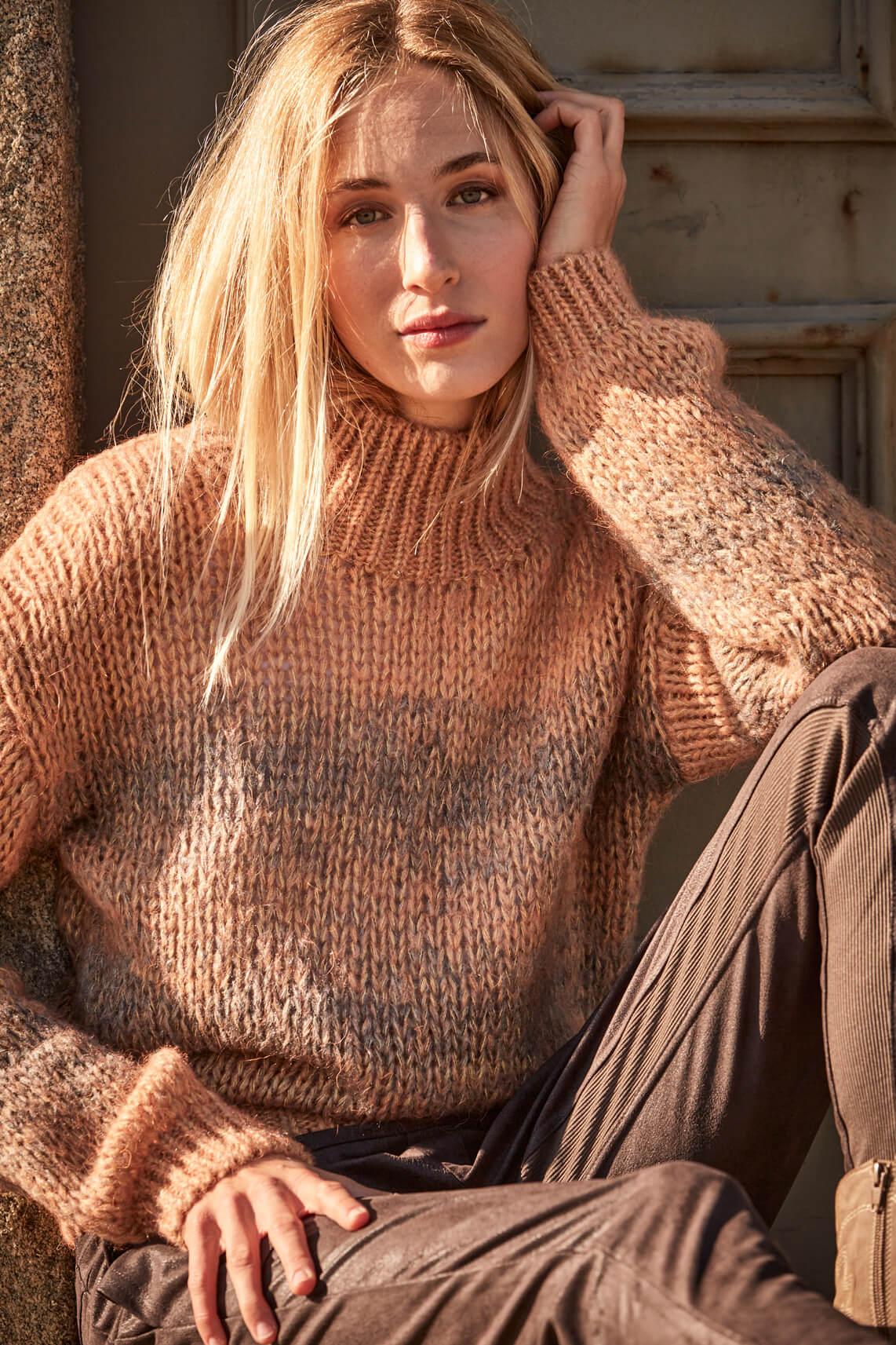 Moscow Dames Sweater Maya Roze